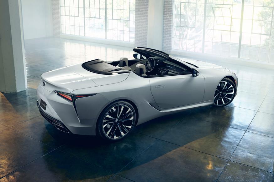Под открытым небом: кабриолет Lexus LC будет теснее, чем купе