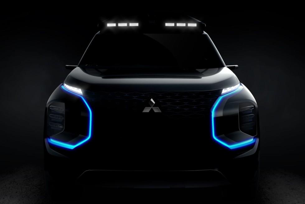 Mitsubishi Engelberg Tourer – бок будущего бестселлера?