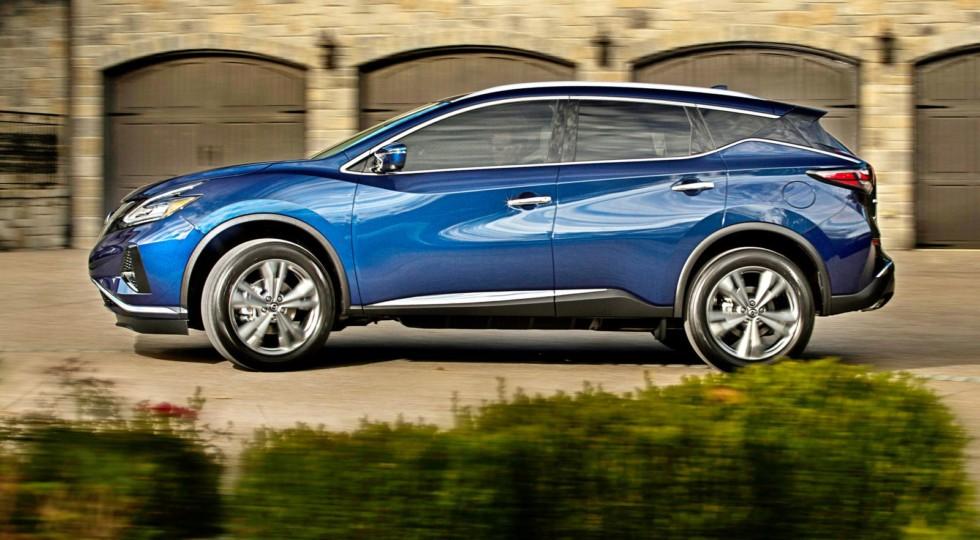 Дорогой Nissan Murano останется в России, чтобы теснить Lexus