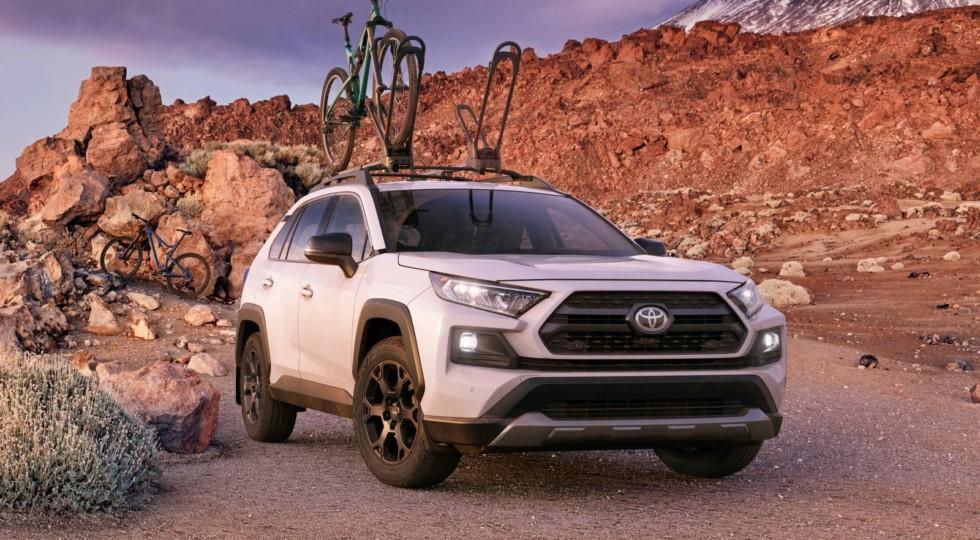 Toyota доработала подвеску нового RAV4 для езды по бездорожью