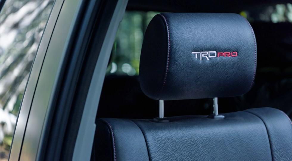 Рамный внедорожник Toyota Sequoia стал ещё привлекательнее для россиян