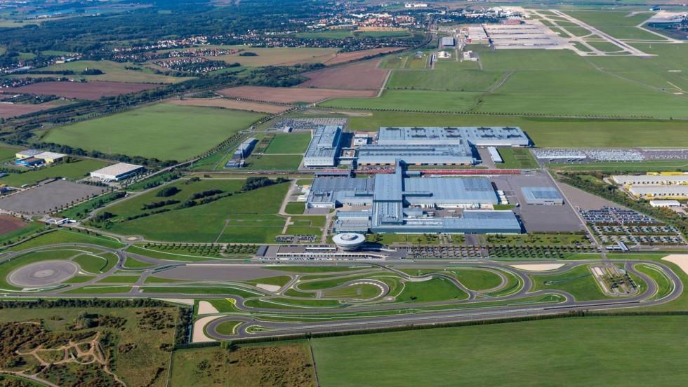 Завод Porsche в Лейпциге