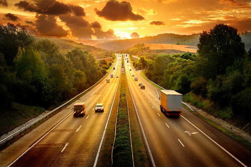 Штраф для водителей, останавливающихся на автомагистралях, увеличат в 3 раза