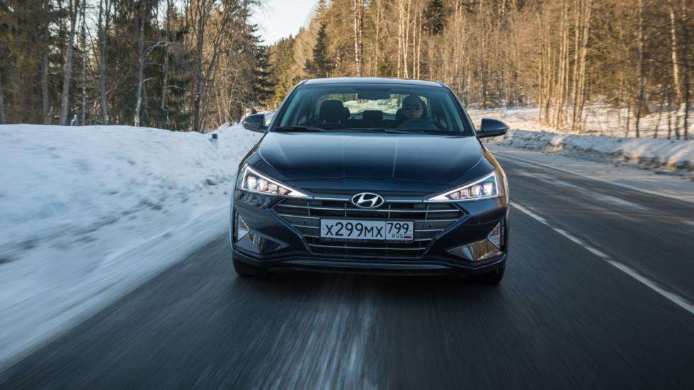 Hyundai_Elantra_dynamics-30