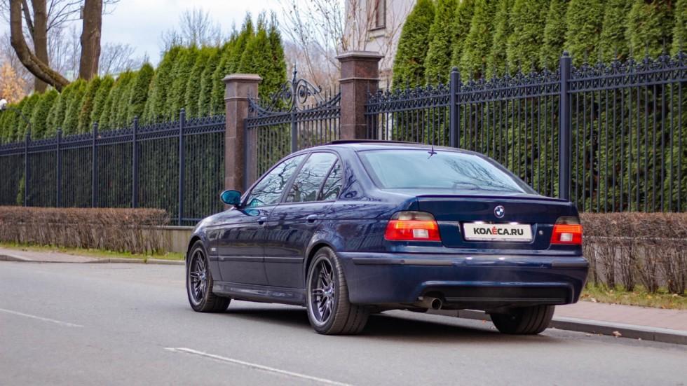 BMW 5 series E39 сзади