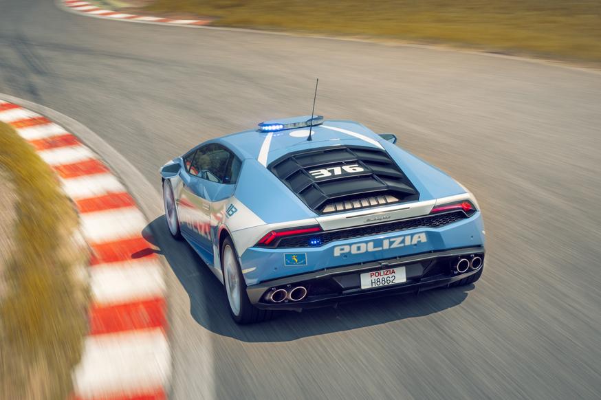 Сотрудников ГИБДД могут пересадить на машины с мощными моторами