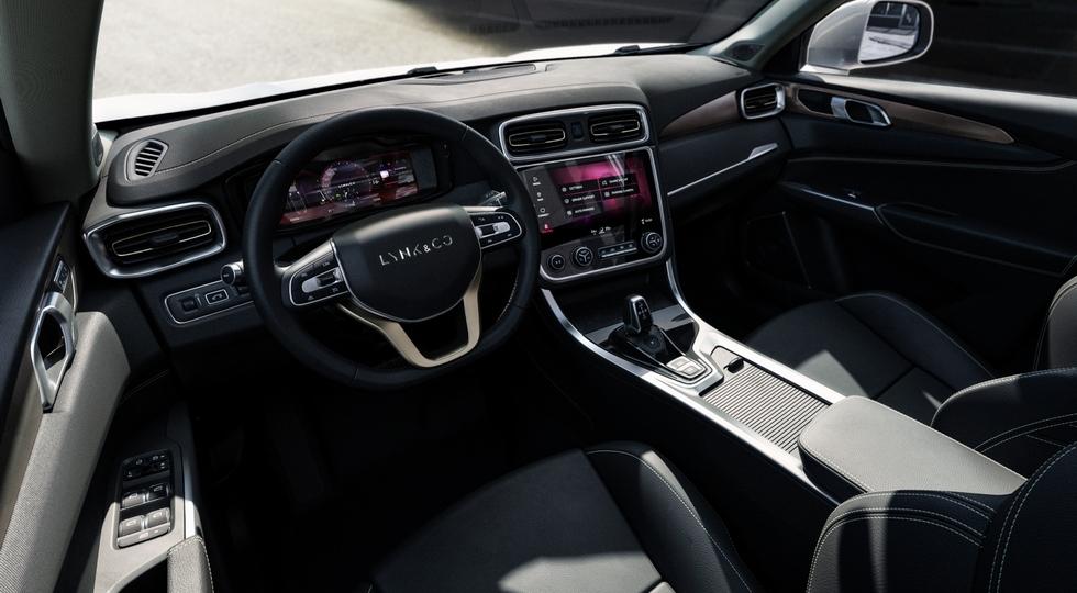 Флагманский кроссовер Lynk & Co породнится с Volvo XC90