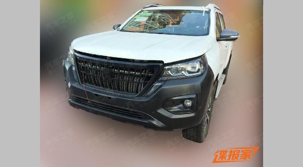 В линейке Peugeot появился ещё один родственный «китайцу» пикап