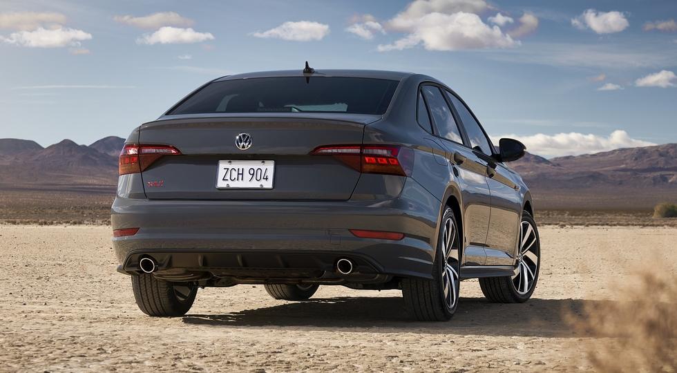 Volkswagen Jetta нового поколения: теперь «заряженная» версия с мотором от Golf GTI