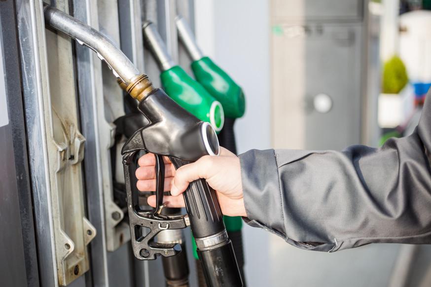 Бензин в России дорожает вторую неделю подряд