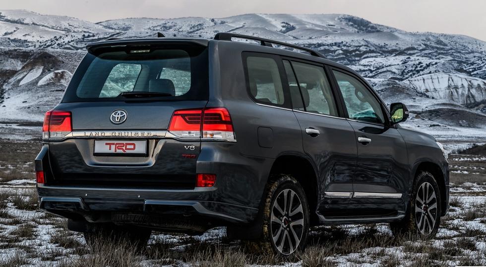 Toyota Land Cruiser 200 и LC Prado в России: теперь в заводском тюнинге TRD
