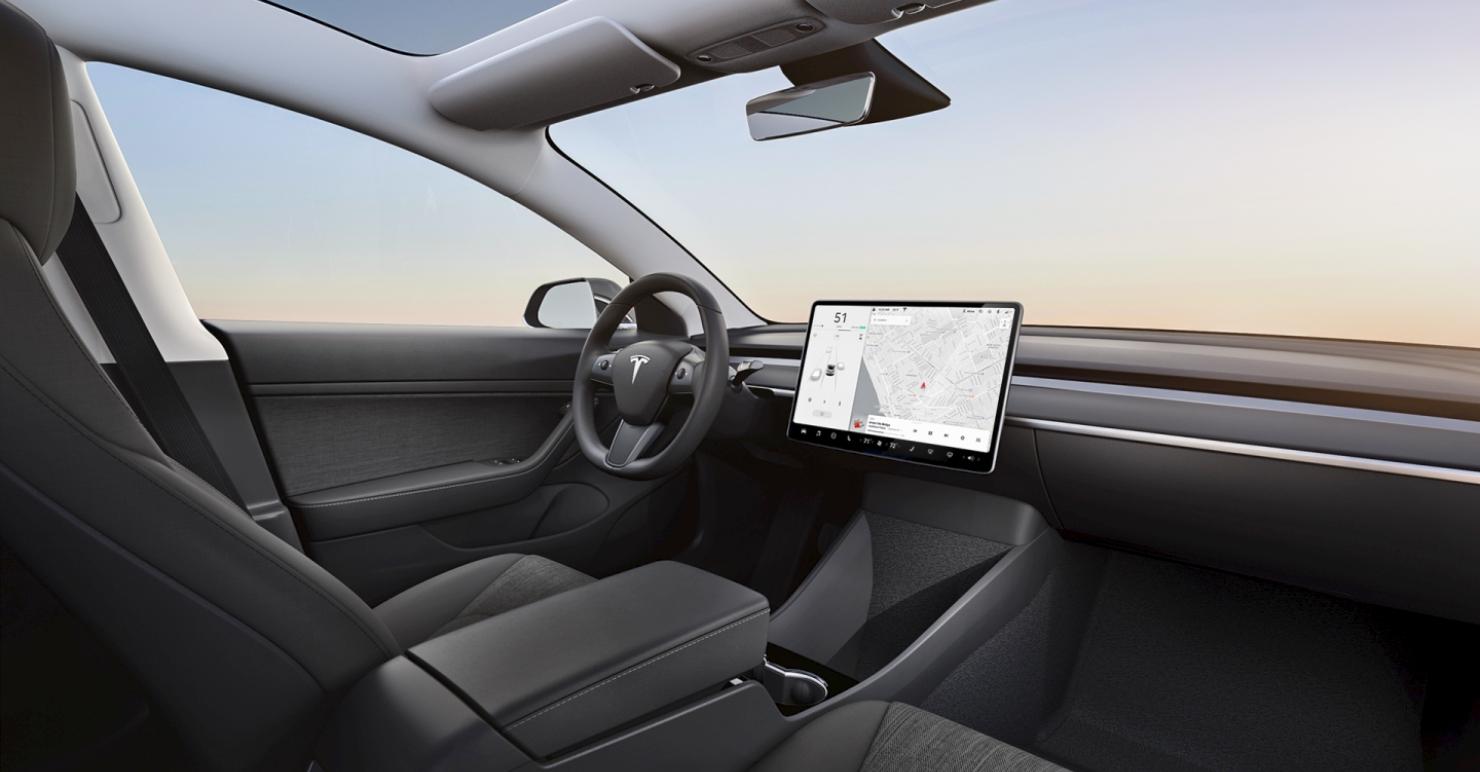 Смотри! Tesla Model 3 2019   Фото, видео, технические характеристики новые фото