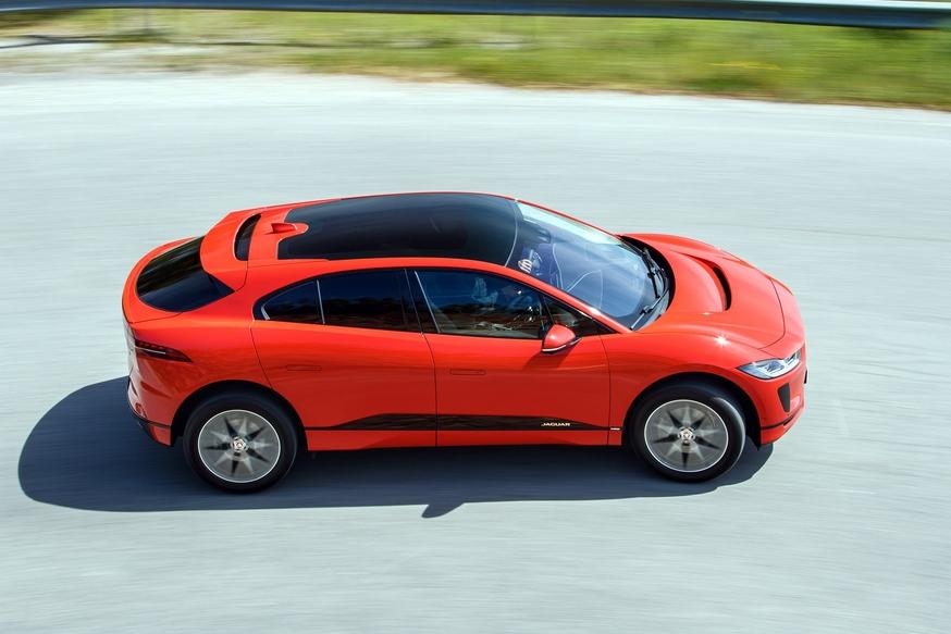 Лучшим автомобилем года вевропейских странах назван Ягуар I-Pace