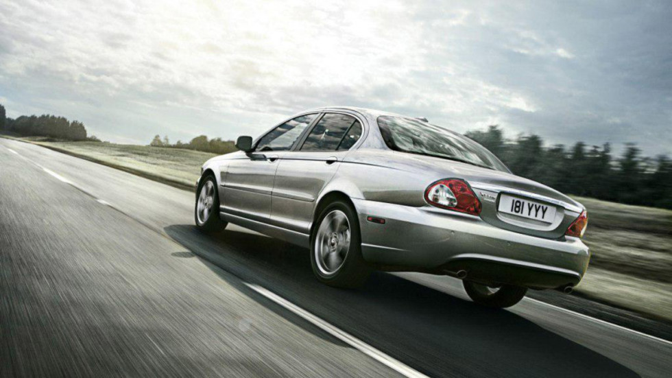 Jaguar X-Type '2002–09