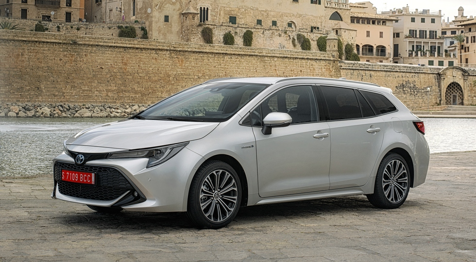 Toyota RAV4 и Corolla перевоплотятся в новые модели Suzuki