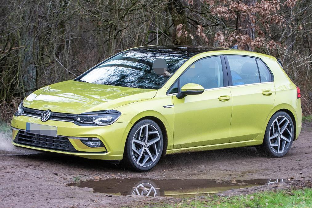 Новый Volkswagen Golf рассекречен до премьеры