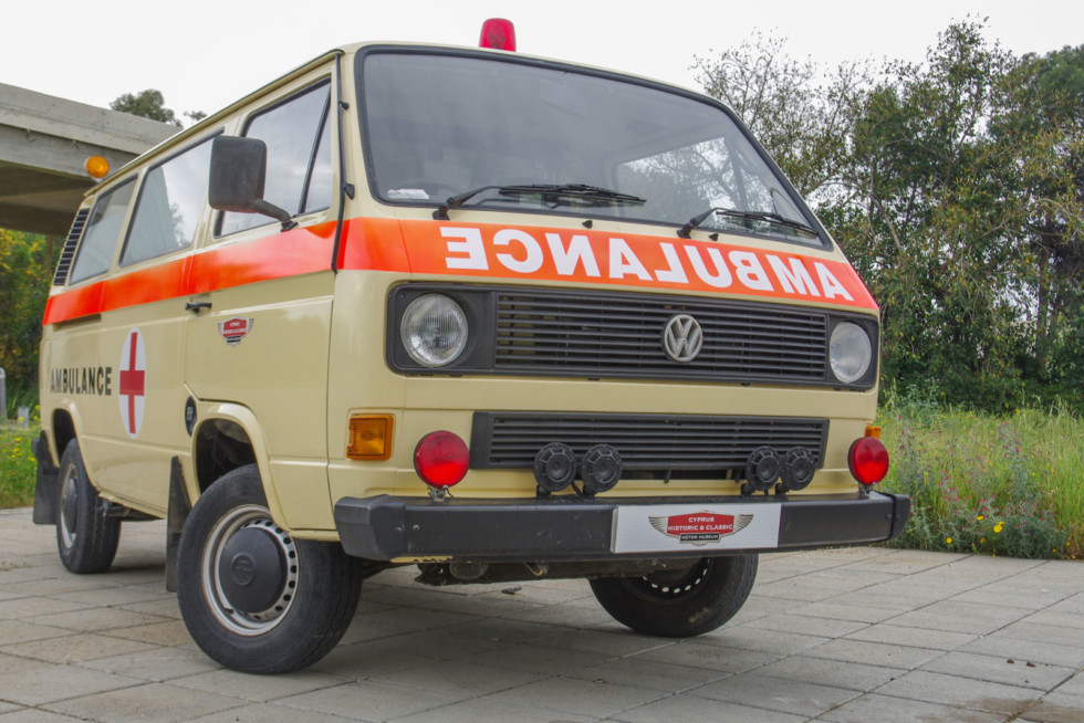 Вассербоксер: тест-драйв Volkswagen Transporter T3 Ambulanz