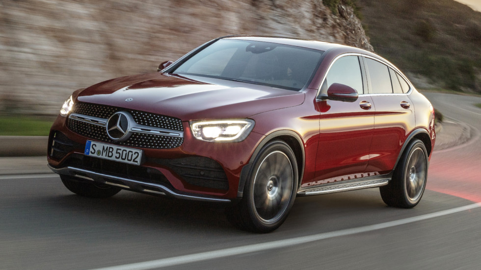 mercedes-benz_glc_300_4matic_coupe_amg_line_66