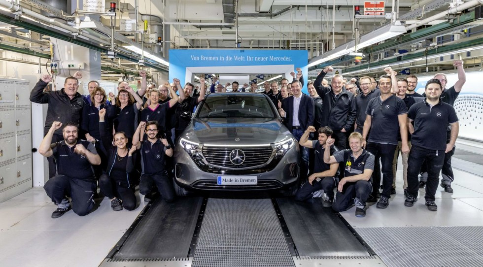Verkaufsfreigabe & Produktionsstart Mercedes-Benz EQC: Elektrifizierter Stern kommt auf die Straße Mercedes-Benz EQC sales release & start of production: Electrified Mercedes hits the road