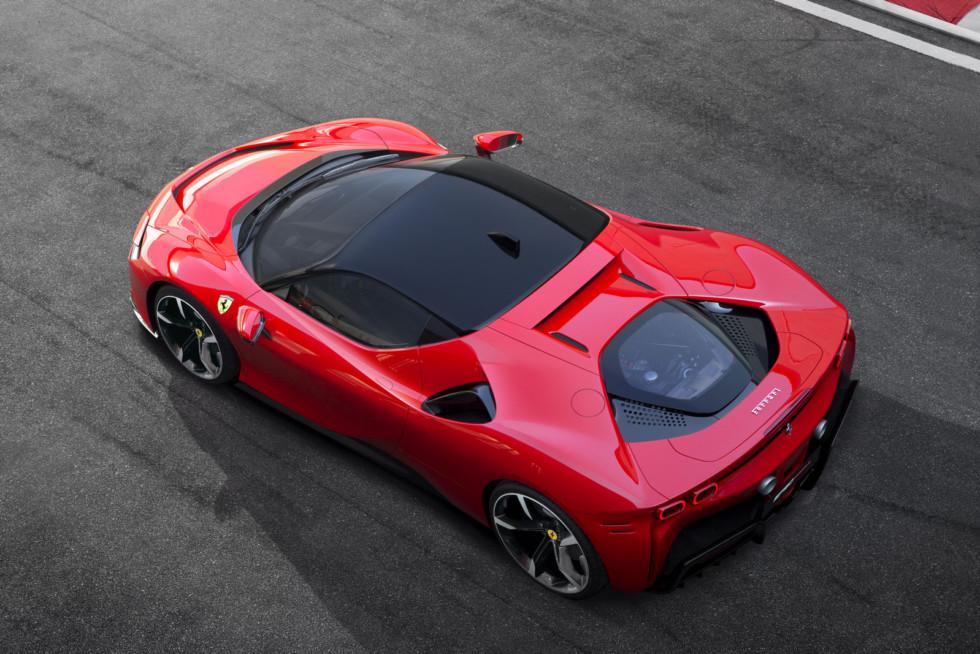 Ferrari_SF90_Stradale_1