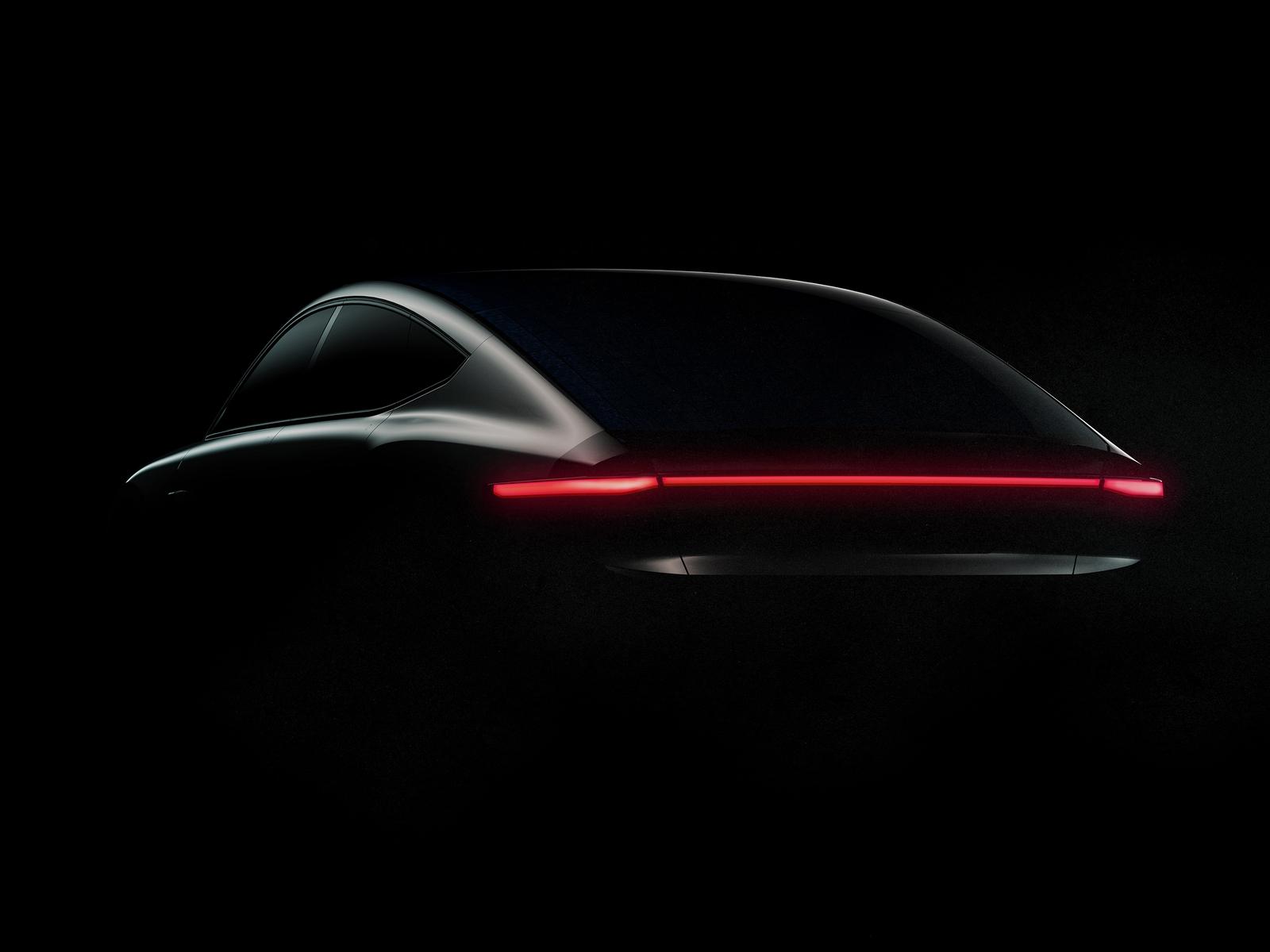 Светить – и никаких гвоздей! В Нидерландах будут выпускать самоподзаряжаемые электромобили