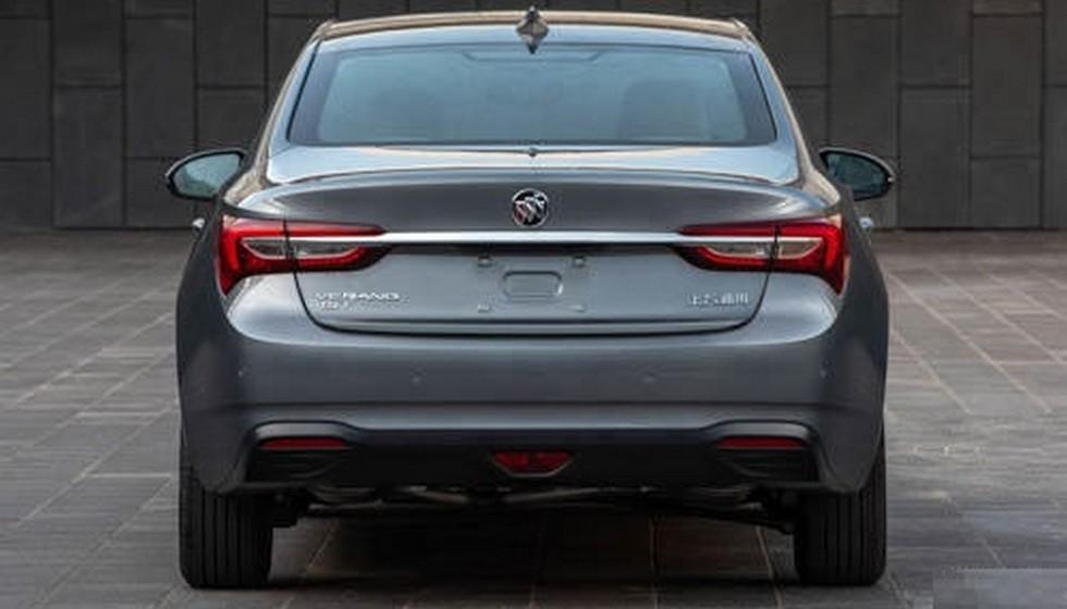 Аналог Opel Astra сменил дизайн и перешёл на «турботройки»