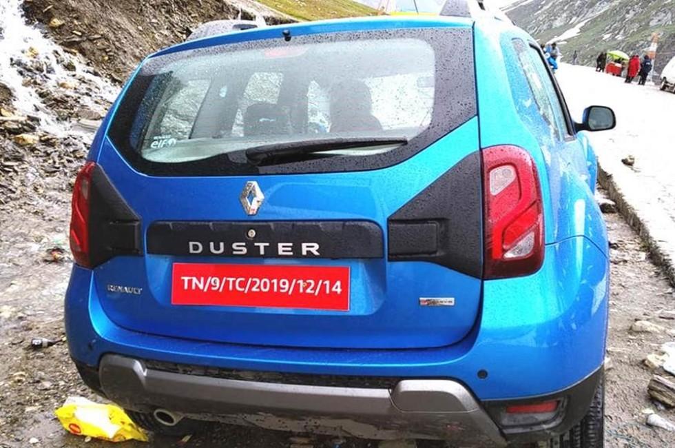 Новый старый Duster: первые фотографии без камуфляжа