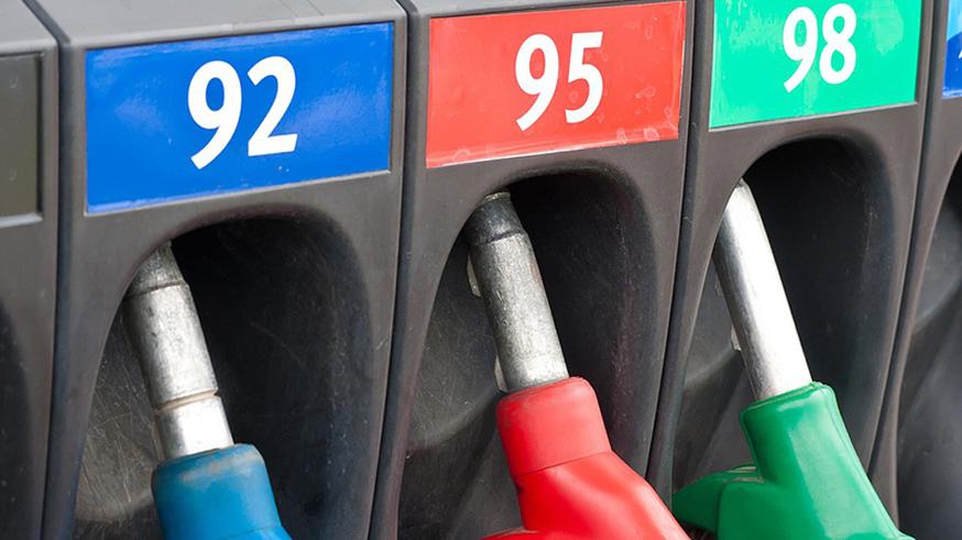 Проверка топлива: в Крыму качество стало лучше, но доля фальсификата всё ещё велика