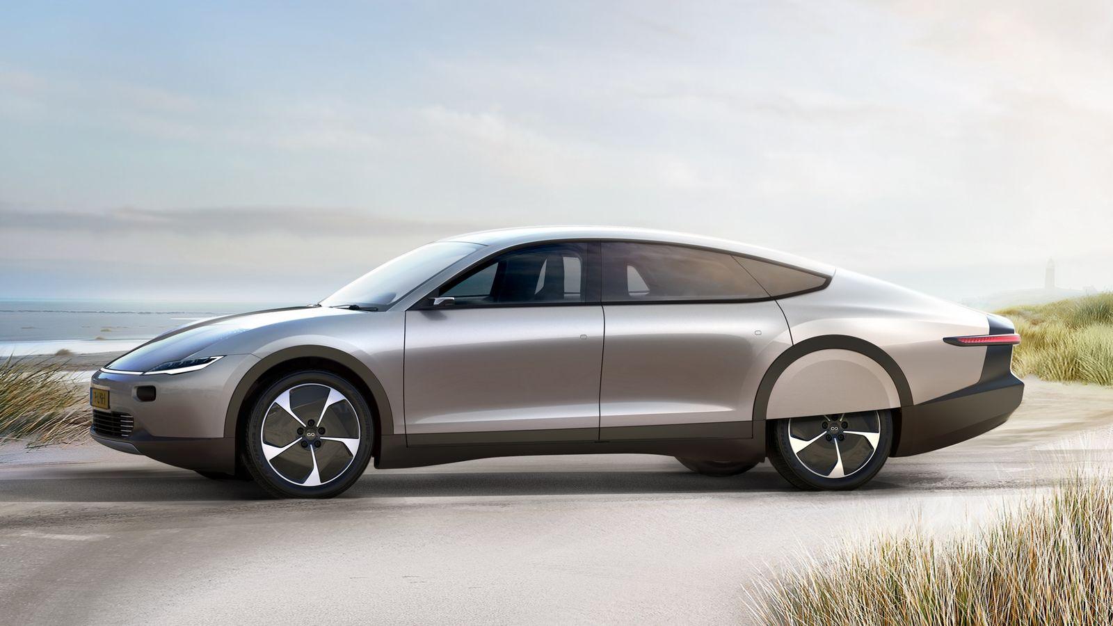 Голландцы показали автомобиль насолнечных батареях сзапасом хода 725км