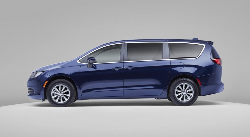 Иллюзия выбора: в линейке Chrysler снова появился Voyager