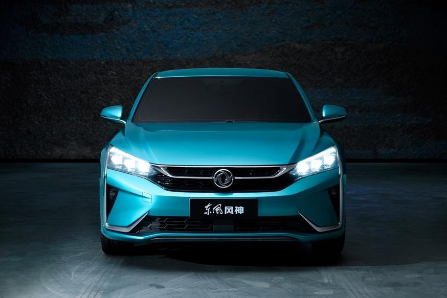 Китайский родственник новых Peugeot 2008 и Opel Corsa предложит богатое оснащение