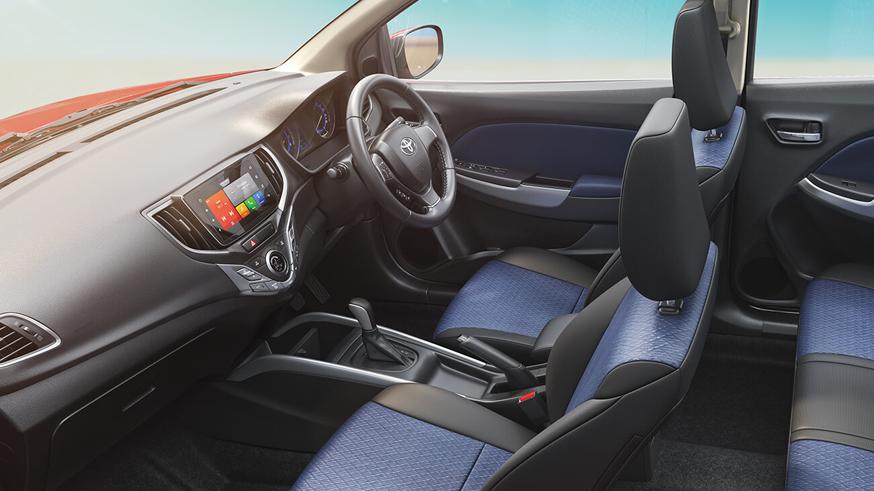 Toyota вывела на рынок хэтчбек Glanza, скопированный с Suzuki Baleno