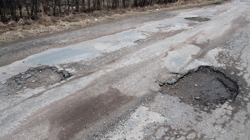 Генпрокуратура назвала состояние российских дорог плачевным