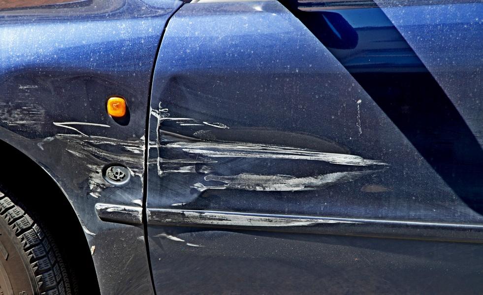 Поцарапали (испортили) ваш авто и скрылись, выплатит ли по ОСАГО страховая?