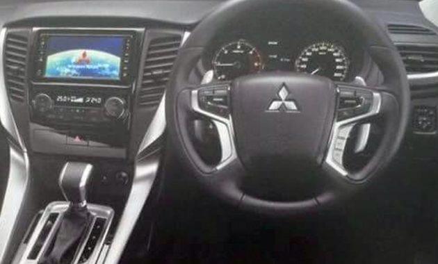 Шпионы - показали различия в салоне нового Mitsubishi Pajero Sport и - донорского - L200