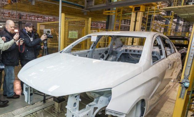 Локализация производства Lada Vesta и Xray составит 75%