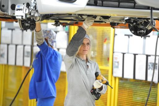 Зарплаты рабочих на АВТОВАЗе выросли