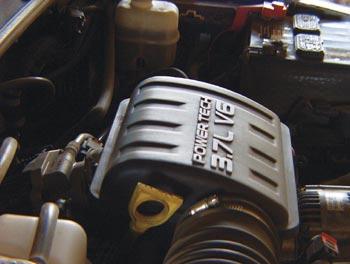 3.7-литровый мотор V6 создан на основе V8 от Grand Cherokee