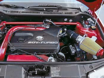 Под капот было решено имплантировать силовой агрегат от старшей модели. В данном случае донорским органом стал давно и хорошо всем знакомый по Volkswagen Passat турбированный мотор объемом 1.8 литра.