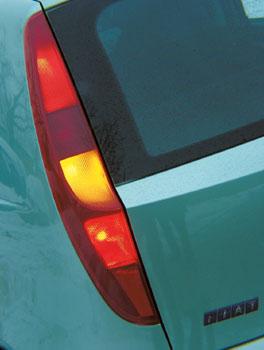 Fiat Punto 1.2 16V ELX / 13