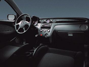 Mitsubishi Outlander / 2