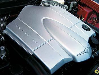 """Под этой крышкой находится 3.2-литровый мотор от """"С""""-, """"Е""""- и """"S""""-классов"""