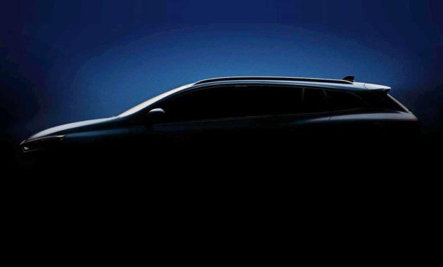 Renault готовит к премьере новый универсал