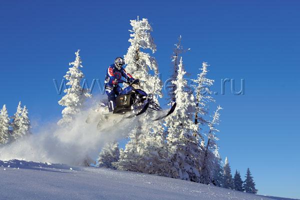 Особенности национальной ездына снегоходах в зимний период