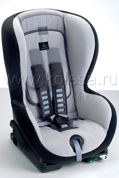 Для детей в автомобиле предусмотрены специальные кресла, обязательные по ПДД
