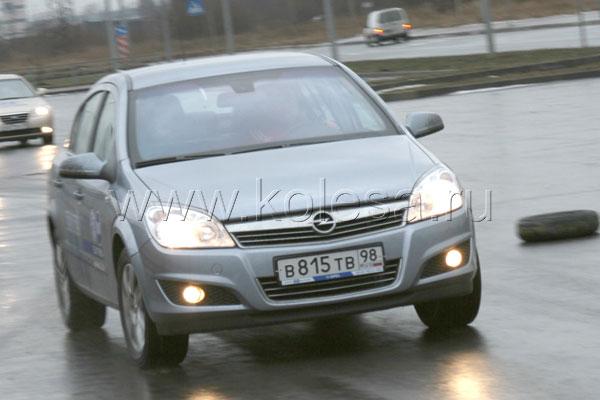 Opel Astra Sedan 1.8л, 140 л.с., АКПП