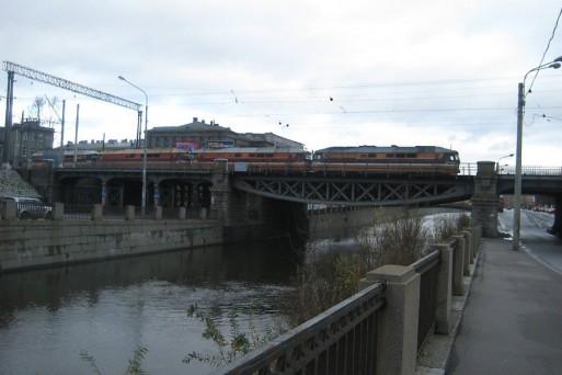 два каменных моста