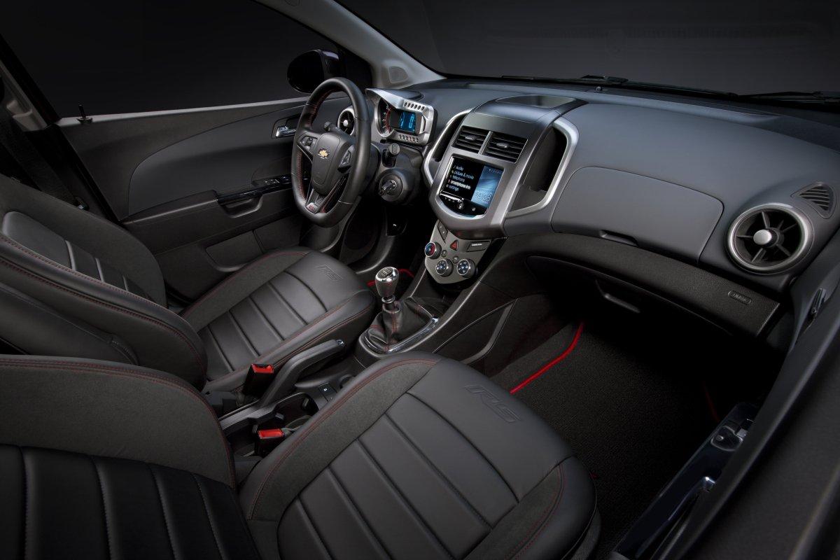 Chevrolet Aveo: интерьер