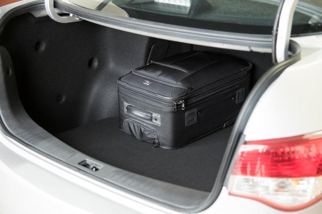 Багажник Nissan Almera 2012