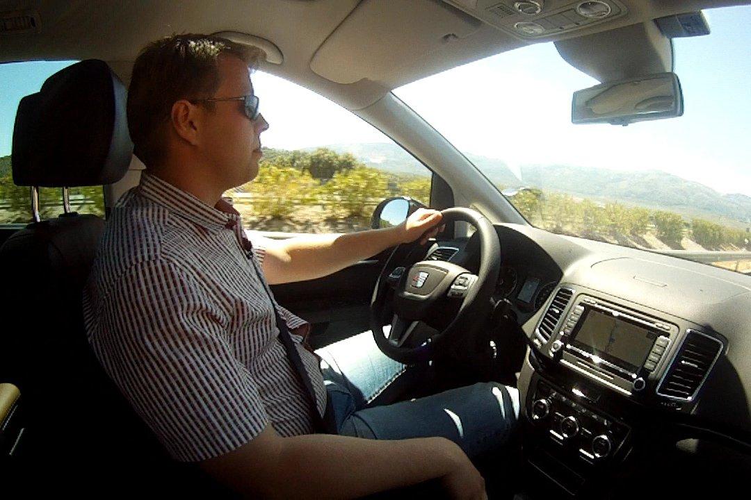 Тест-драйв Seat Alhambra (Сеат Альхамбра): одинокий «семьянин&raquo